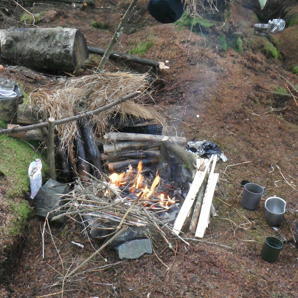 The Survival School Level 1 Weekend Bushcraft Course – NCFE CQ Accredited  Qualification | Back To Wilderness